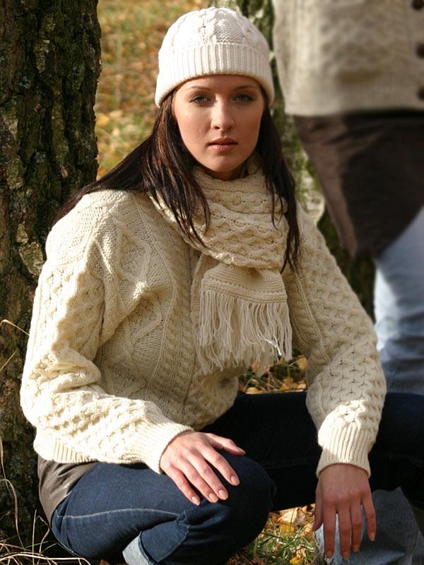 9a7365a2251e Aran Crafts Irish Aran Womens Wool Cable Knit Crew Neck Sweater